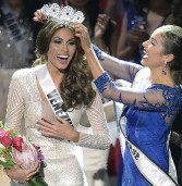 Gabriela Isler, Miss Venezuela conquista título de Miss Universo, o sétimo título para seu país