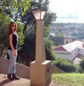 Miss Pirapora do Bom Jesus, Gabrielle Granato, faz fotos na cidade,  na data de hoje