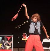 'Favela' no Teatro Municipal de Barueri, com atriz do Zorra Total, dia 25