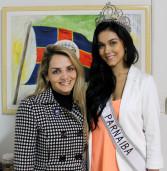 Primeira dama Selma Cezar recebe em seu gabinete a Miss Santana de Parnaíba