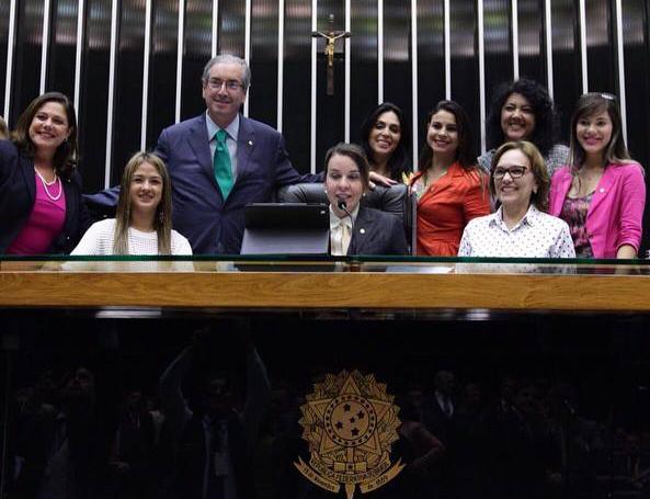 bruna_deputadas_feminicídio