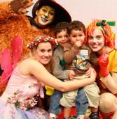 Eventos gratuitos infantis, no Shopping Iguatemi Alphaville: Em clima de Carnaval o Iguatemi Alphaville convida a criançada para as peças inéditas do projeto ''Domingo é Dia de Teatro''.