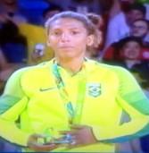 Olimpíadas Rio 2016 – Primeira medalha de ouro do Brasil é da judoca Rafaela Silva