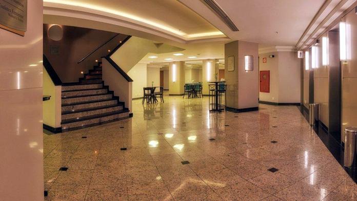 Bourbon Alphaville - Foyer