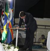 Posse do prefeito reeleito de Santana de Parnaíba, Elvis Leonardo Cezar, lota Espaço Savana em Alphaville