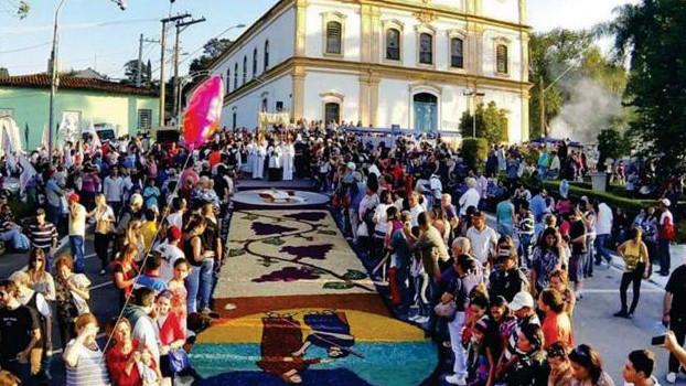Dia 15 de junho, Corpus Christi no Centro Histórico de Santana de Parnaíba