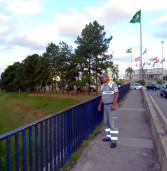 Agente do Demutran de Barueri impede suicídio em ponte sobre a Castello