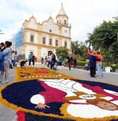 Aconteceu hoje, a celebração de Corpus Christi no Centro Histórico de Santana de Parnaíba