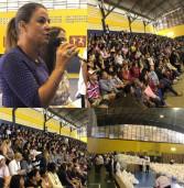 Fundo Social de Solidariedade de Barueri 'Estrela Guia' realizou hoje, a primeira entrega da Campanha do Agasalho 2017