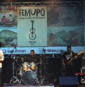Estrela de Barueri no The Voice, Marília Lopes, se apresenta com amigos no TMB (dia 23)