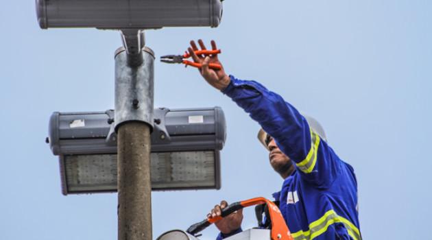 Programa Ilumina Parnaíba já instalou mais de 10 mil luminárias de Led em toda a cidade