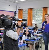 TV Globo destaca educação de Barueri no incentivo à matemática usando a tecnologia . Assista a matéria aqui, no link.