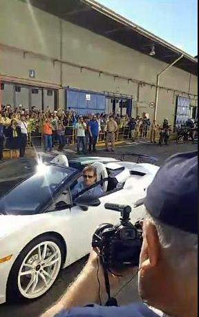 Roberto, carro