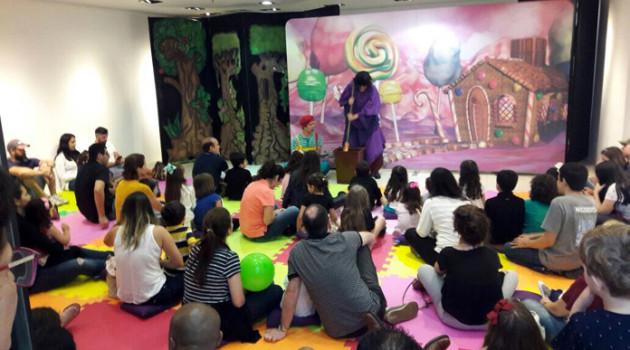 Teatro e oficinas infantis atraem a garotada para a Páscoa no Iguatemi Alphaville