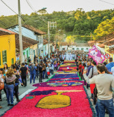 Tapetes coloridos embelezarão a Celebração de Corpus Christi em Santana de Parnaíba