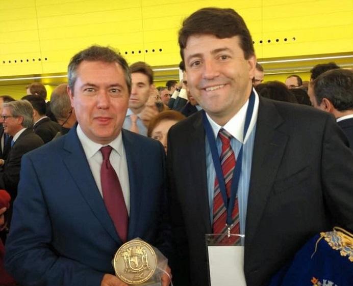 elvis e prefeito espanhol