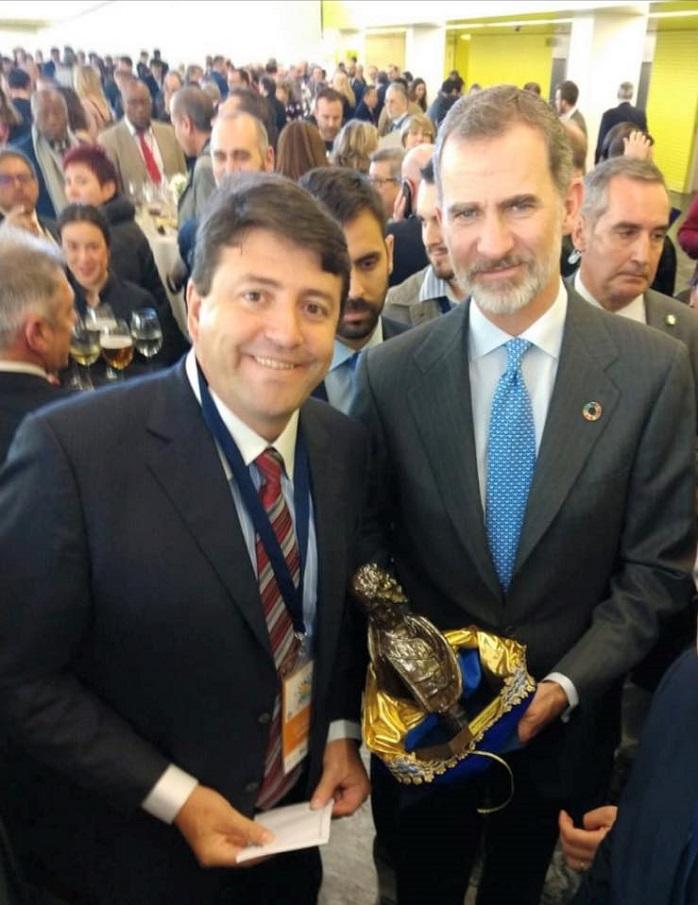 elvis e rei da Espanha