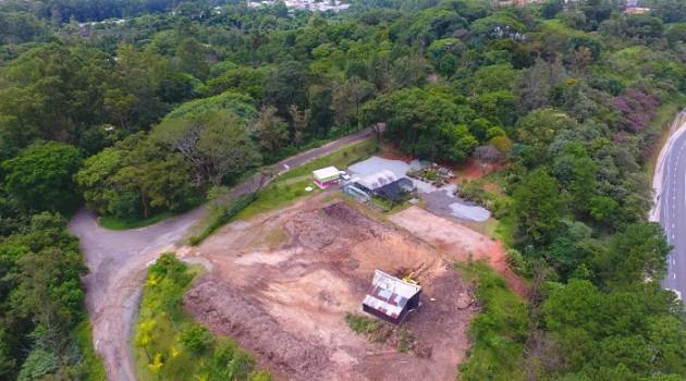 Prefeitura de Barueri realiza ação de compostagem em parceria com a AREA de Alphaville