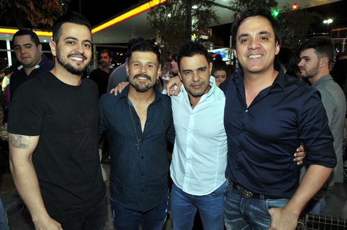 Henrique, Marcos, Zeze e Santiago