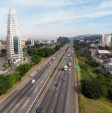 Boletim de Feriado  Rodovia Castello Branco com tráfego  lento no sentido da Capital e Interior