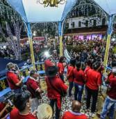 Tradicional Folia de Reis de Santana de Parnaíba emociona moradores e turistas no Centro Histórico
