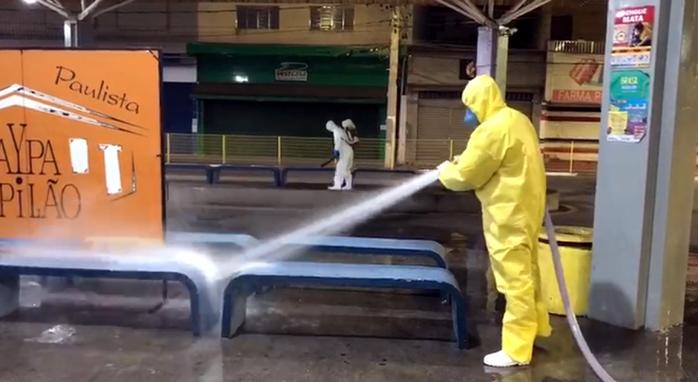 Desinfecção pontos públicos - 24.03 - Marcio Rossone (4)