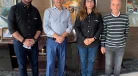 Prefeito Furlan, de Barueri, recebe doação da empresa Gilbarco Veeder-Root, sediada no Tamboré