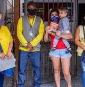 Agentes da vigilância sanitária de Santana de Parnaíba fazem visitas de combate a dengue