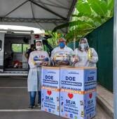 Fundo Social arrecada alimentos no posto drive-thru de vacinação contra o coronavírus