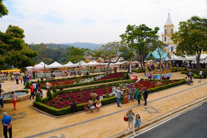 Praça , Sandro Almeida 699