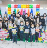 Santana de Parnaíba implanta aula de inglês para alunos do ensino infantil na rede municipal